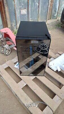Graded Cookology CW18BK 18 Bottle Thermoelectric Wine Cooler 6