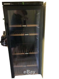 Liebherr Vinothek Wine Cooler Cabinet 200 bottles capacity. Rarely used